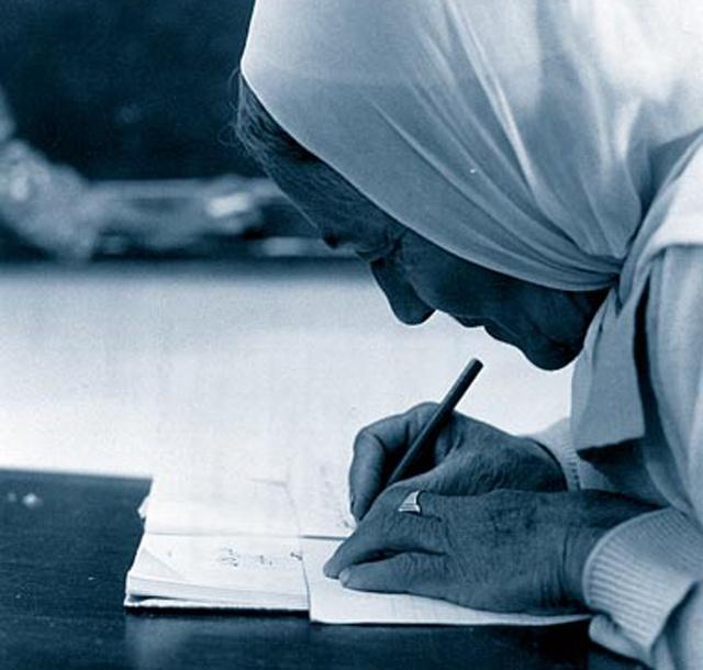 2.7 % نسبة الأمية في البحرين والتعليم الانتظامي قارب الـ 100 %