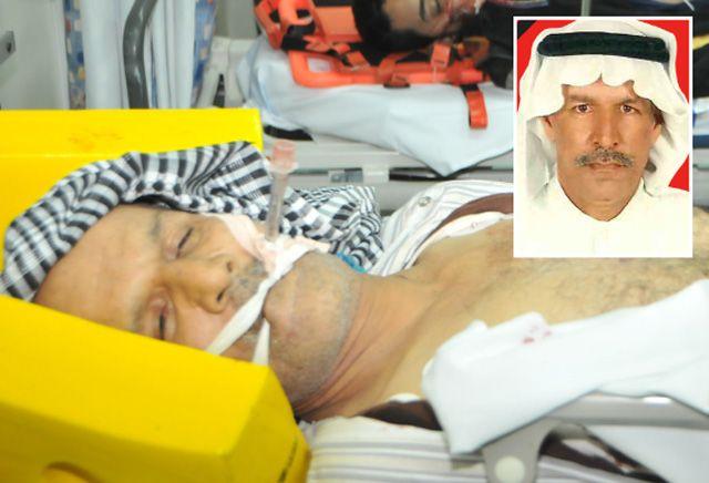 علي خضير (58 عاماً) من سترة وقد كان في أيام الاعتصام يخدم المعتصمين بتوزيع قناني المياه