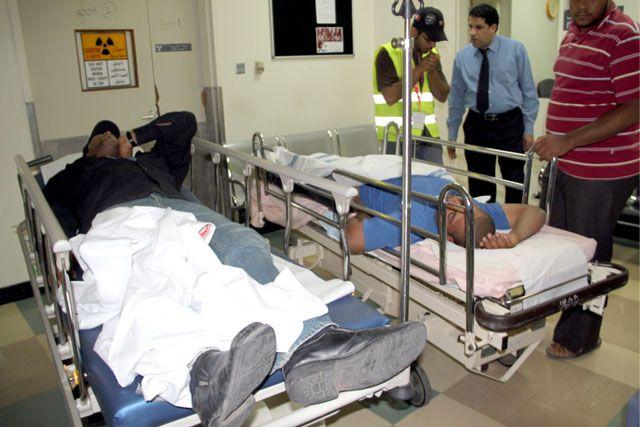 المصابان يرقدان في المستشفى