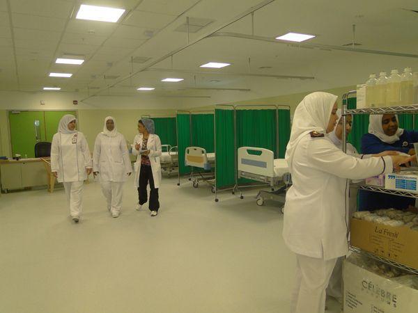 فتح قسم الطوارئ بمستشفى الملك حمد الجامعي بالمحرق كمستشفى ميداني
