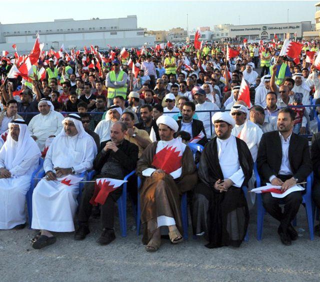 حضور حاشد حظي به مهرجان الجمعيات السياسية أمس