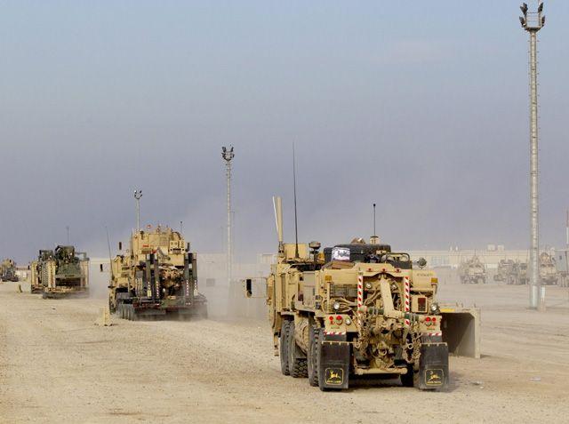 مركبات من فريق اللواء القتالي الثالث في طريقها لمغادرة العراق