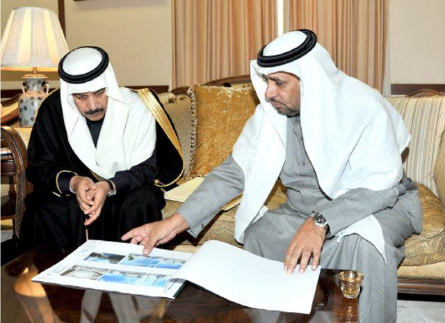 المارك: المشروع يرمز إلى متانة العلاقات البحرينية السعودية