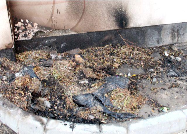 آثار الحريق بالمدرسة