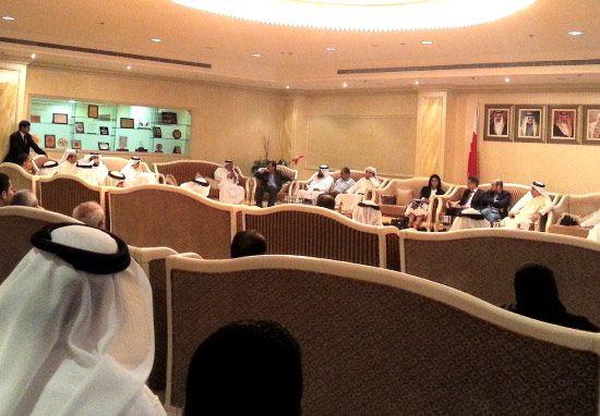 الاجتماع التشاوري لقطاع المؤسسات المتوسطة والصغيرة بالغرفة أمس