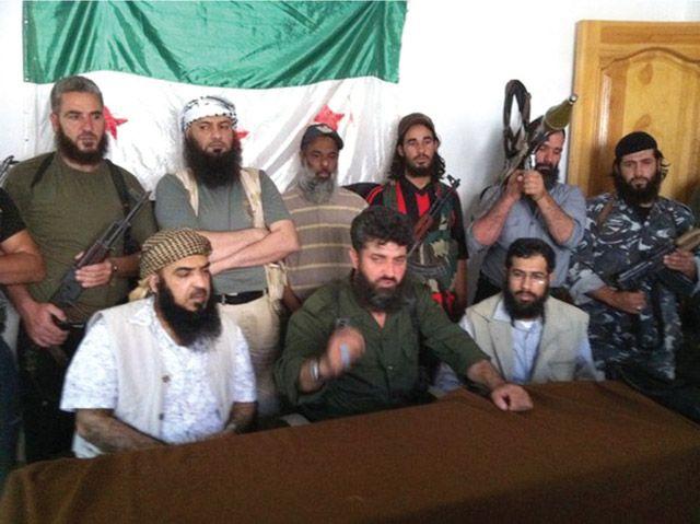 وفد جمعية الأصالة مع الجيش السوري الحر (صورة من الأرشيف)