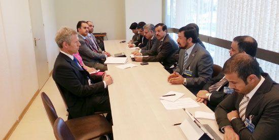 الوزير صلاح علي لدى لقائه السفير الدنماركي بمجلس حقوق الإنسان