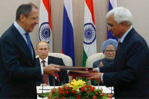 نيودلهي وموسكو توقعان صفقة أسلحة بـ 3 مليارات دولار