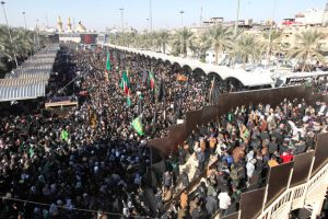 19 قتيلاً في انفجار استهدف زواراً جنوب بغداد