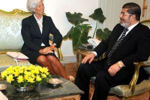 الرئيس المصري يلتقي مسئولاً بصندوق النقد لبحث قرض