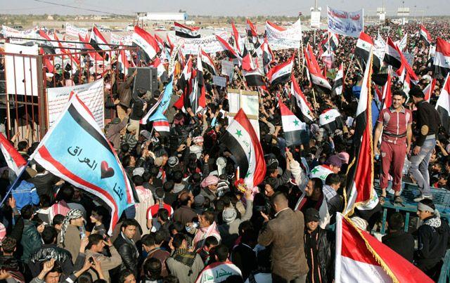 تظاهرة مناهضة للحكومة العراقية في الرمادي - REUTERS