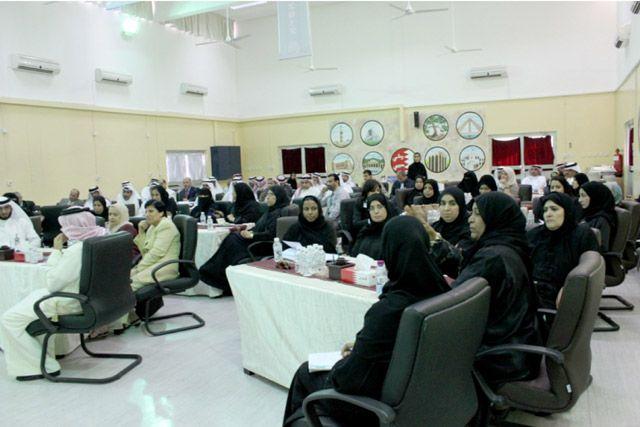 اجتماع «التربية» بمديري ومديرات المدارس الإعدادية والابتدائية