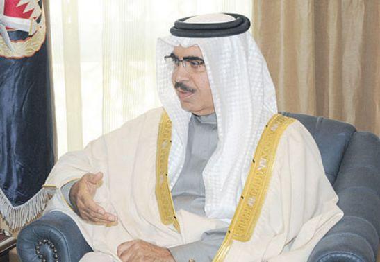 وزير الداخلية الشيخ راشد آل<br />خليفة / الصورة من موقع صحيفة<br />