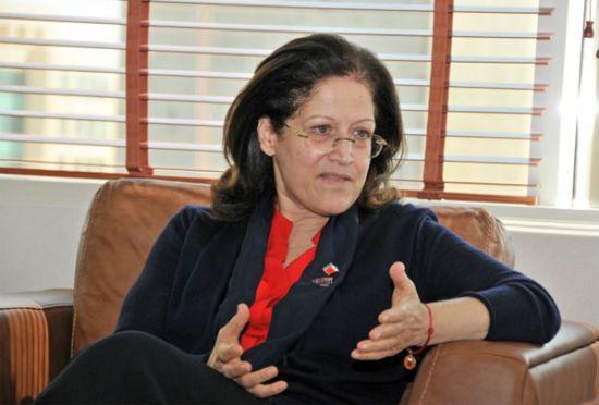 وزيرة شئون الإعلام<br />المتحدثة باسم حكومة<br />البحرين سميرة رجب - الصورة<br />من المصدر