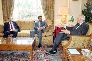 العربي يؤكد دعم الجامعة العربية  لجهود إعادة اللحمة الوطنية ...