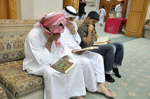 مشاركون يختنقون جراء مسيل الدموع أثناء مسابقة قرآنية بمأتم السنابس