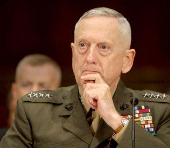 قائد القيادة الأميركية الوسطى الجنرال جيمس ماتيس