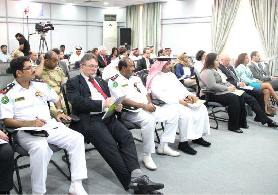 الحضور في الندوة الحوارية بمركز «دراسات»