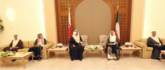 سمو أمير الكويت وسمو رئيس الوزراء أكدا عمق العلاقات بين البلدين - بنا