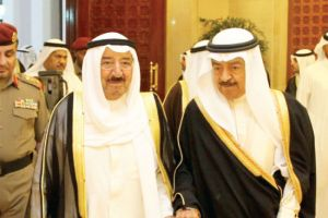 مباحثات بحرينية كويتية لإيجاد حلول سياسية تنهي الأزمات في المنطقة