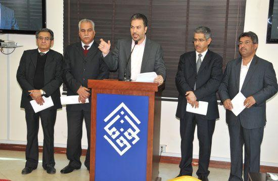 قيادات جمعيات المعارضة خلال المؤتمر الصحافي - تصوير عقيل الفردان