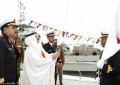 الملك حمد يؤكد دعمه لقوة «دفاع البحرين» بأحدث الأسلحة العسكرية
