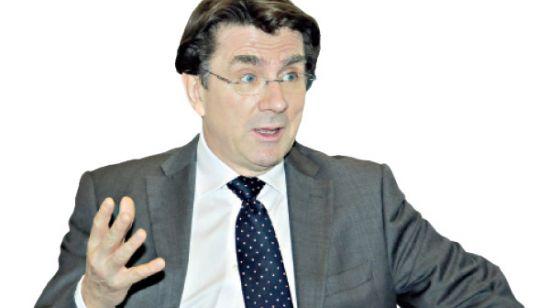 سفير المملكة المتحدة في<br />مملكة البحرين ايان لينزي