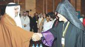 «حوار الحضارات والثقافات» في المنامة يسعى لإبرام «وثيقة البحرين»