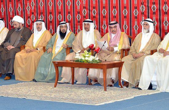 وزير الداخلية: نراقب الأمور<br />ونقف بحزم ولن نسمح بتفشي<br />الخطر الطائفي في البحرين