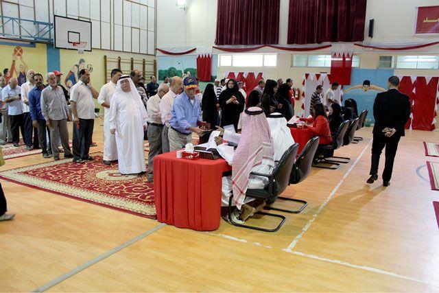 الناخبون تواجدوا بكثافة في المركز الانتخابي الخاص بالدائرة الأولى بمحافظة العاصمة