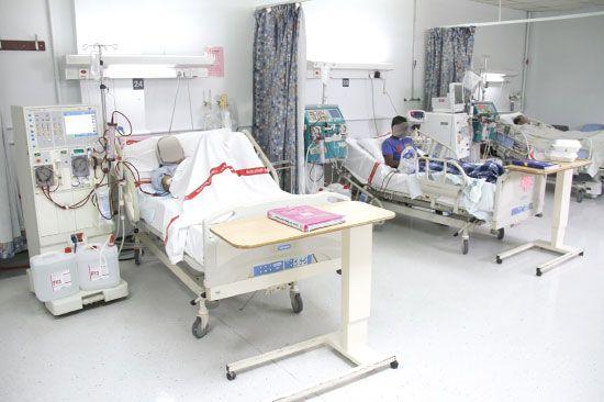 التقرير انتقد ابتعاث مرضى للعلاج بالخارج رغم إصابتهم بأمراض يتوافر علاجها في البحرين