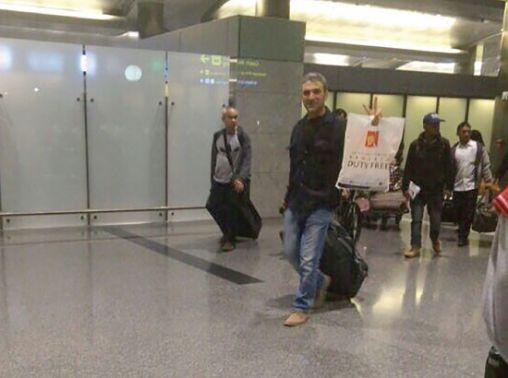 صورة خورشيد بعد وصوله مطار<br />الدوحة مساء أمس تداولتها<br />مواقع التواصل الاجتماعي