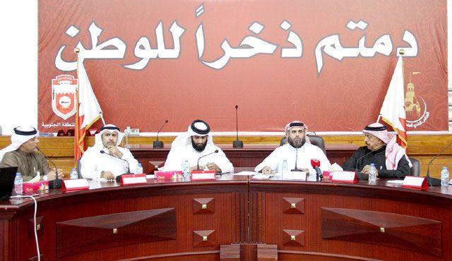 المؤتمر الصحافي لمجلس بلدي الجنوبية أمس - تصوير : محمد المخرق