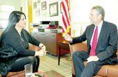 سفير الولايات المتحدة في حوار لـ«الأيام» قبل مغادرته المملكة: انتخابات البحرين حرة و عادلة وشفافة