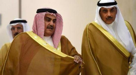 وزير خارجية البحرين ونظيره<br />الكويتي قبل بدء اجتماع<br />وزارء خارجية مجلس التعاون<br />في الرياض اليوم (أ.ف.ب)