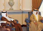 جلالة الملك يلتقي رئيس الوزراء بحضور ولي العهد وذلك للتشاور حول ما تتطلبه هذه المرحلة