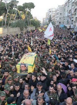 حزب الله يُشيِّع القنطار في معقله جنوب بيروت - afp