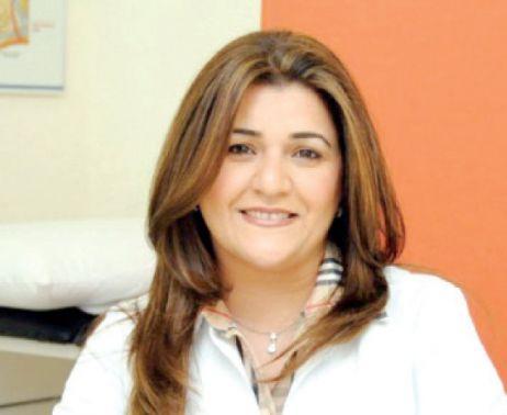 استشارية طب الجلد التجميلي د. نضال خليفة