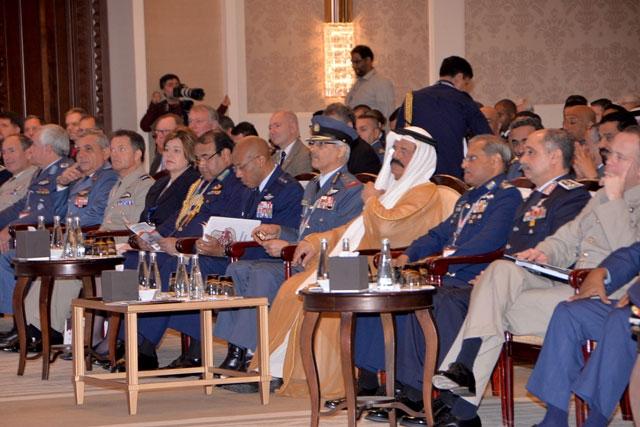 المؤتمر شمل عروضاً ركزت على موضوع «تحقيق التفوق الجوي ضد التهديدات غير التقليدية» - تصوير : أحمد آل حيدر