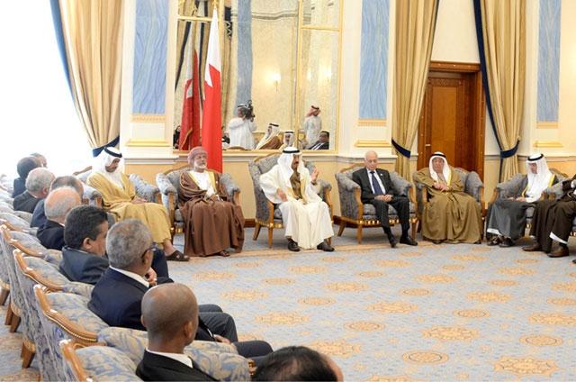 سمو رئيس مجلس الوزراء مستقبلاً المشاركين في الاجتماع الوزاري لمنتدى التعاون العربي الهندي