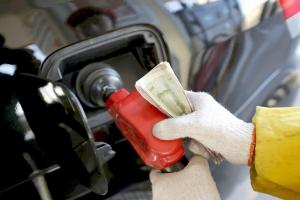 شركات النفط العالمية تغرق في أزمة متزايدة