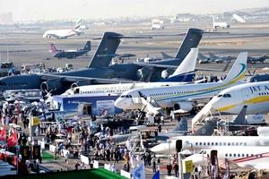 معركة بين شركات الطيران تتشكل ملامحها  في الخليج مع تطلع إيران لمركز إقليمي