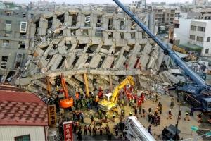 ارتفاع حصيلة قتلى زلزال تايوان إلى 34 شخصاً