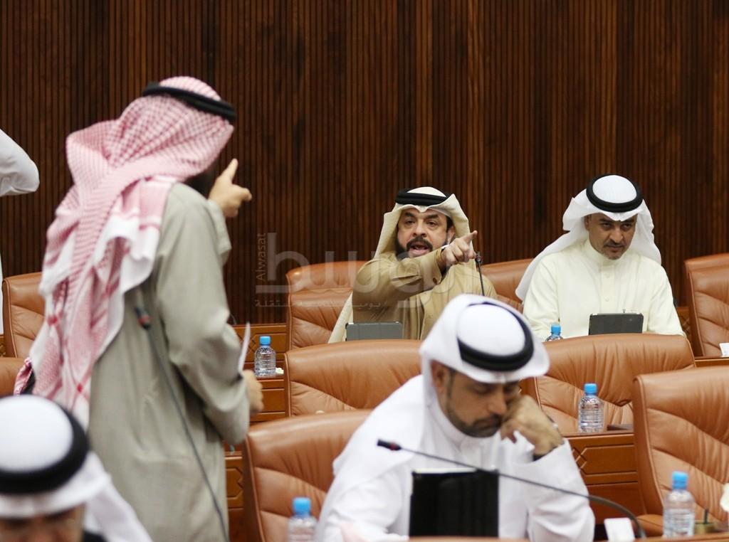 جلسة النواب التي شهدت هوشتين