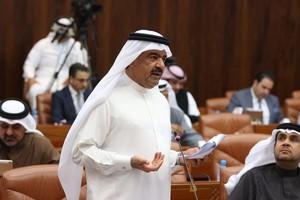عبدالرحمن بوعلي: يجب أن نتعاون مع وزيرة الصحة لإغلاق كل محلات ...