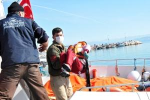 مصرع 24 مهاجراً بينهم 11 طفلاً قبالة سواحل تركيا