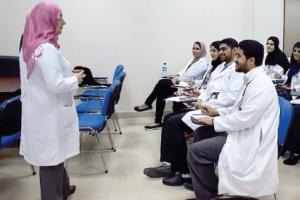 «أمراض الجهاز العصبي» ورشة في التعليم والتدريب الطبي بوزارة الصحة