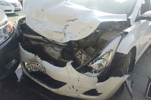 إصابة بحرينيتين وطفلين بتصادم 3 مركبات