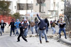 إسرائيل تطالب بإعادة جثماني جنديين من الجيش تحتجزهما «حماس»