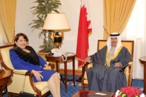 علي بن خليفة يرحب بالسفيرة المصرية الجديدة